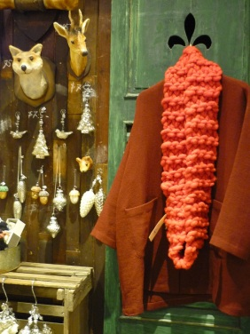 Red cowl scarf website