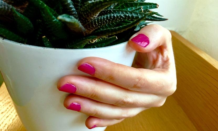 nails-3-web